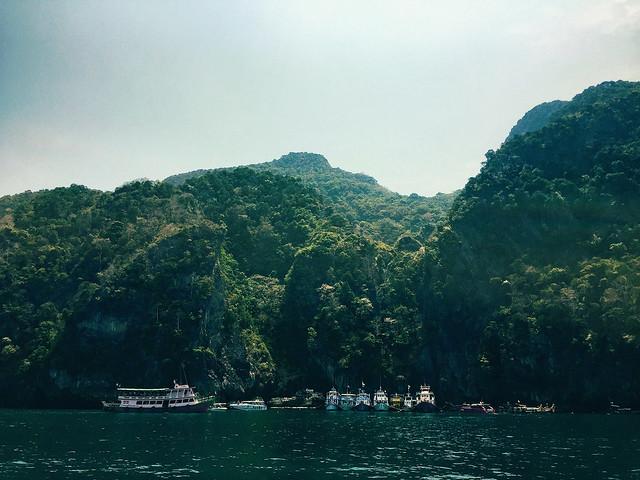 Koh Muk (Emerald Cave)