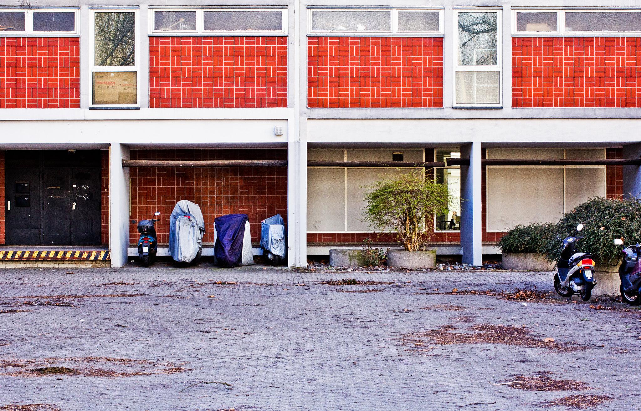 bartningallee 2-4  // hansaviertel berlin