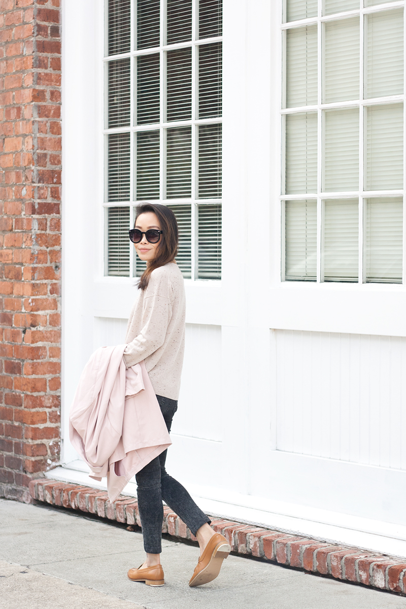 07-everlane-cashmere-sweater-pink-trench-loafers-sf-style-fashion