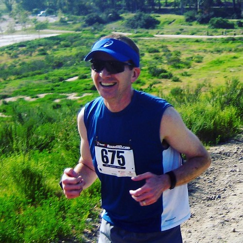 Contemplating my new year, aim to return to the joy of running captured in this race photo from March 2010 at Chollas Lake @rachelhiner remember this place? @altrarunning #RunningGreen
