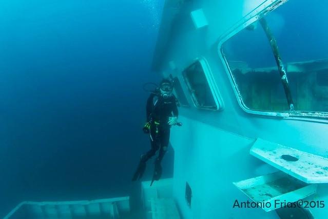 Uribe 121 Bajo el agua