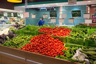 Rayon des produits agricoles dans une grande surface (BY-ND/GIZ)
