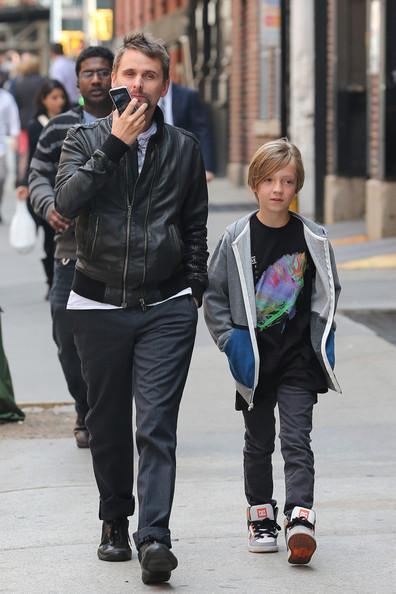 Фото | Мэттью Беллами с сыном Кейт Хадсон