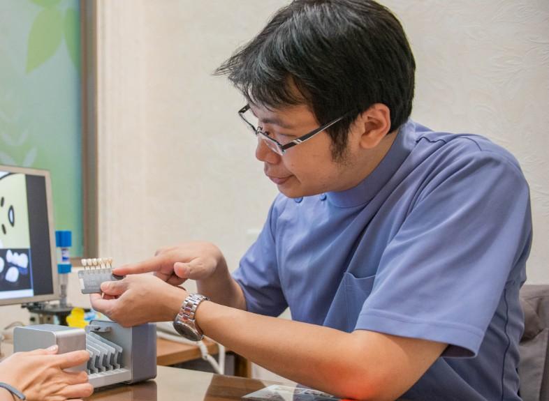 白牙萬事順,一切都要從到人本自然牙醫做牙齒美白陶瓷貼片說起  (7)