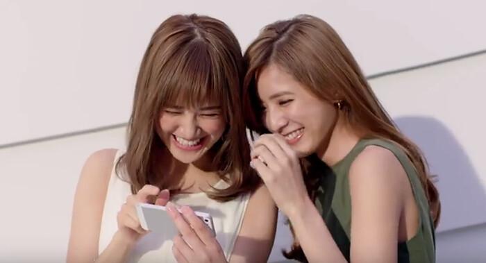 As irmãs Fujii Karen e Shuuka, do E-Girls, estão sendo lindas pra FASIO