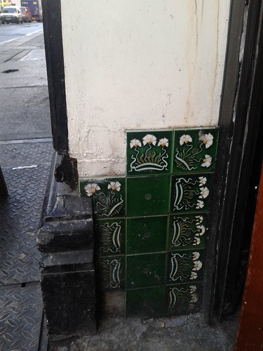 Tile Detail at O'Donoghue's on Sutton Street
