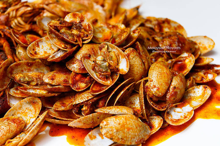 Shell Out Seafood Restaurant clam