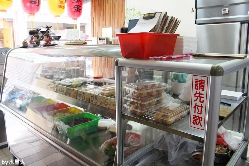 25483097454 688b49b2e0 b - 台中西屯【御狩屋平價壽司】好特別的滷味花壽司、還有櫻桃鴨花壽司,清爽健康路線