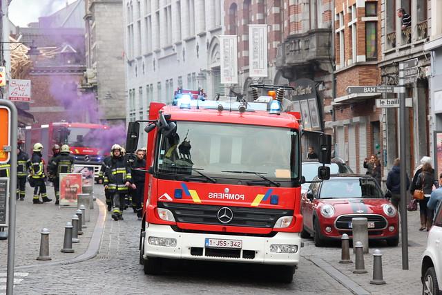 Rassemblement des pompiers de la zone Hainaut-Centre sur la Grand.nouvel album