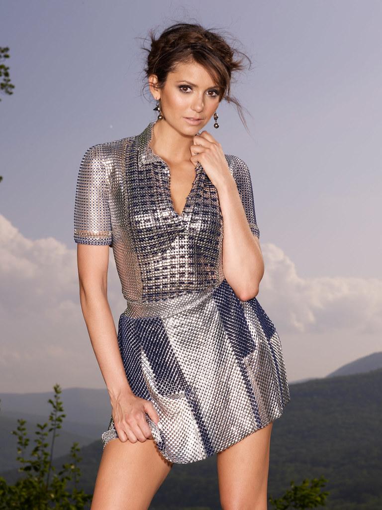 Нина Добрев — Фотосессия для «Cosmopolitan» 2013 – 14