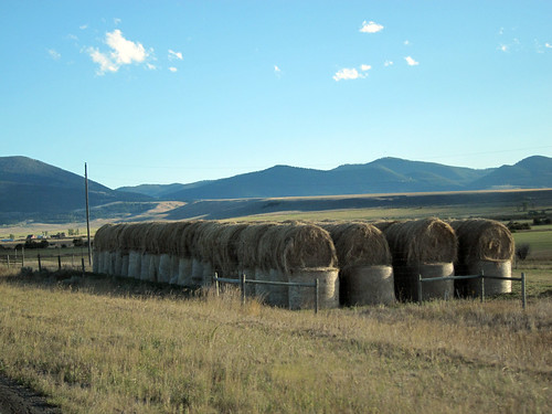 rural highway montana farm roadtrip bigsky hay bales