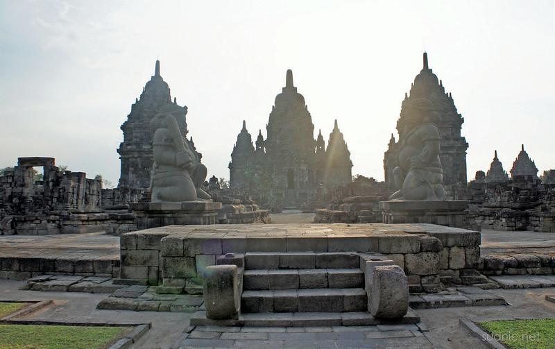 Prambanan, Yogyakarta - Candi Sewu entrance