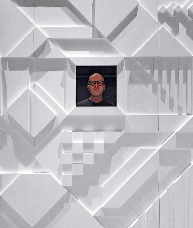 Instagram @ CES 2016 : Shadovvs 3D Mosaic Walls.