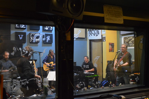 The Sharp Things live on WFMU