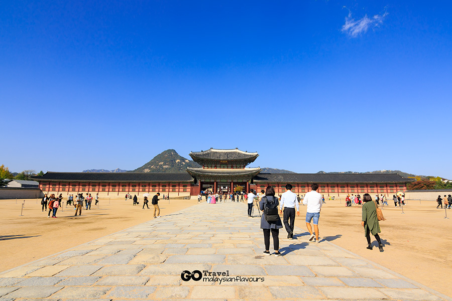 Gyeongbokgung Palace at Seoul South Korea