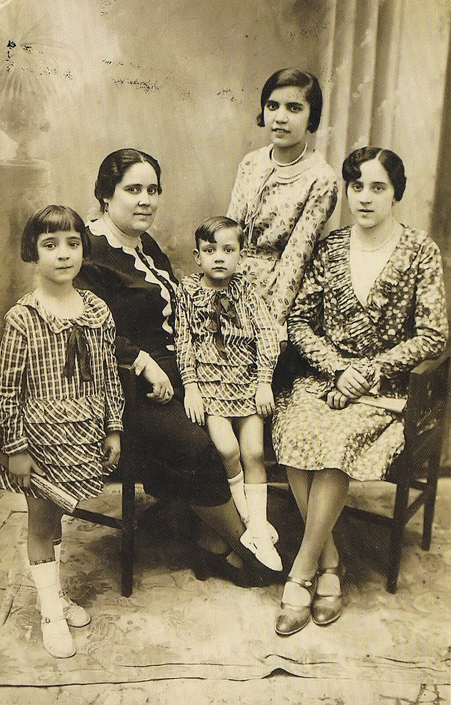 Luis Escobar familia