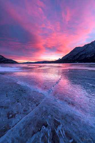 ca winter canada ice sunrise dawn alberta fracture abrahamlake clearwatercounty