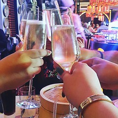 •Friday Brunchin' at Spice Market•  Bubbly rounds with  lovely friends!