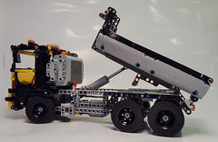 Lego Technic 8052 colour moded and with sbrick