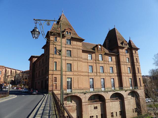 le musée ingres vu du pont vieux