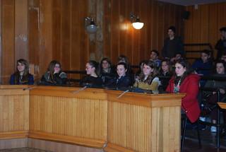Alcuni studenti ascoltano le nuove linee guida del Polo liceale