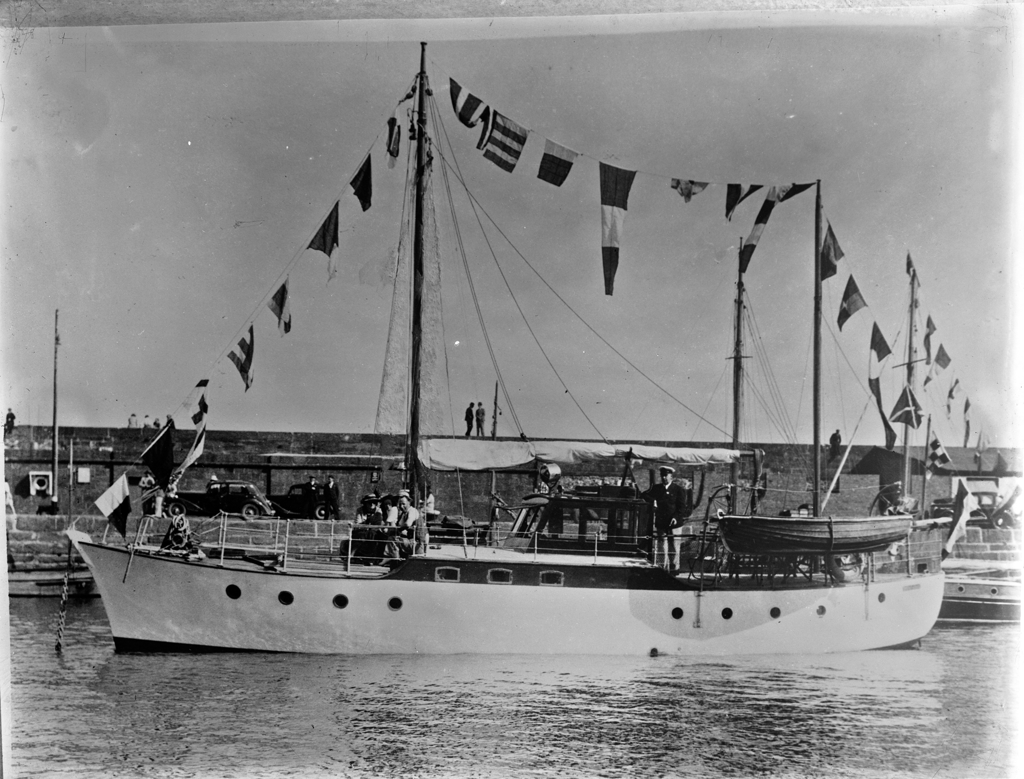 Yacht : commissioned by Mrs. Stanley Lyons, 62 Leinster Road, Rathmines