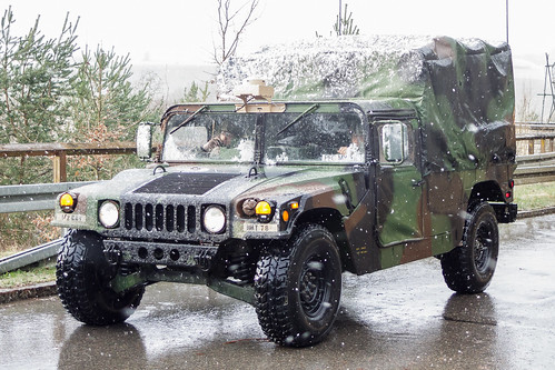 M998 HMMWV (High Mobility Multipurpose Wheeled Vehicle)