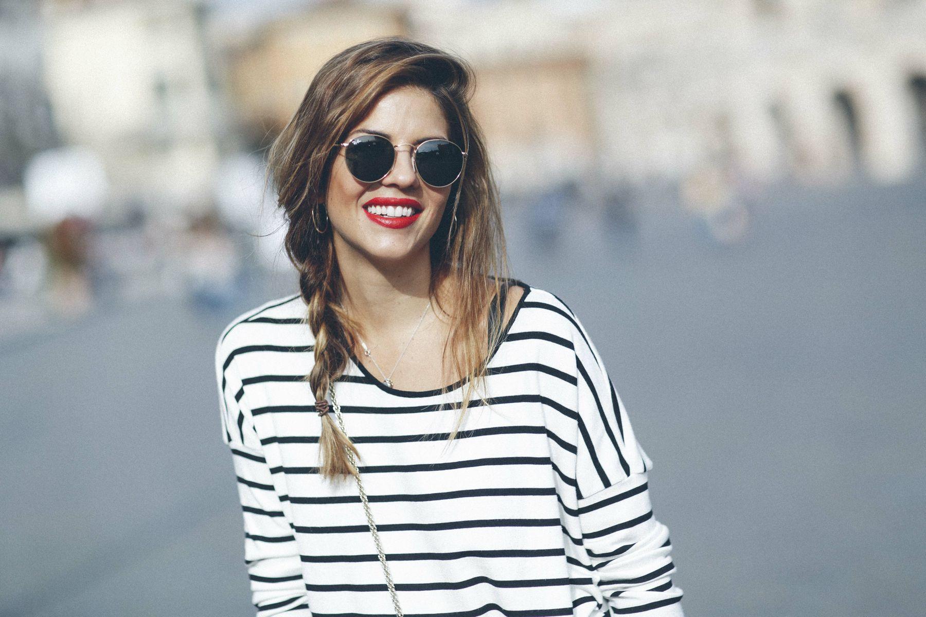 outfit look primavera spring rayas stripes zara mango valentino bolso bag blazer rayban verona street style trendy taste_6