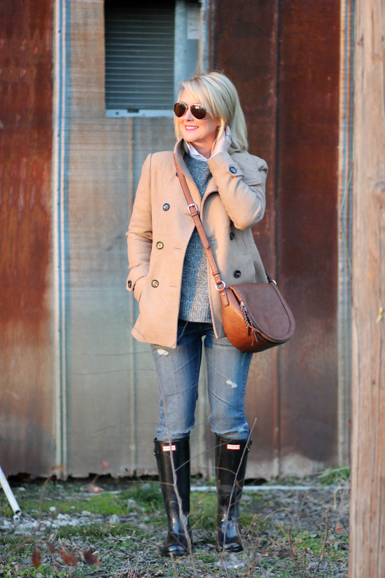 Hi Sugarplum | Neutral Winter Outfits Style