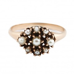 gold-pearl-cluster-ring