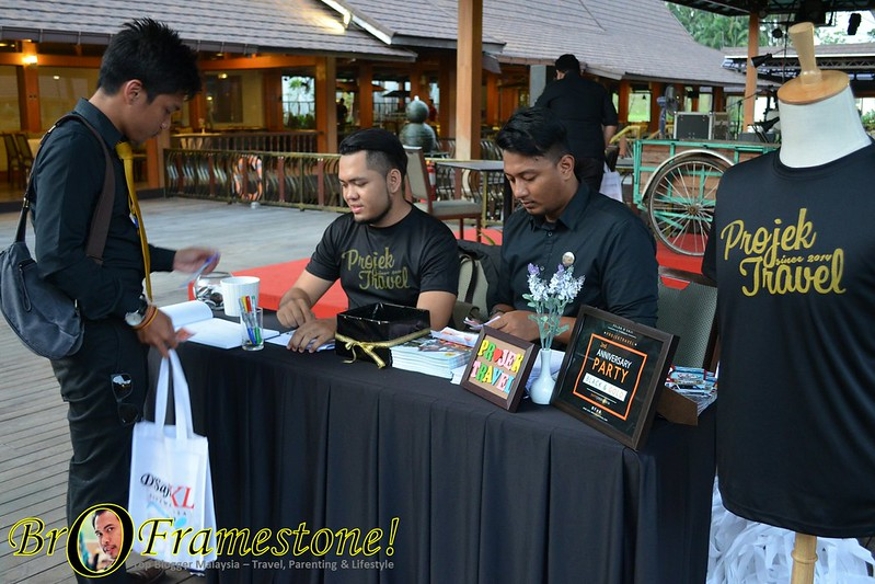 Projek Travel 2nd Anniversary Party