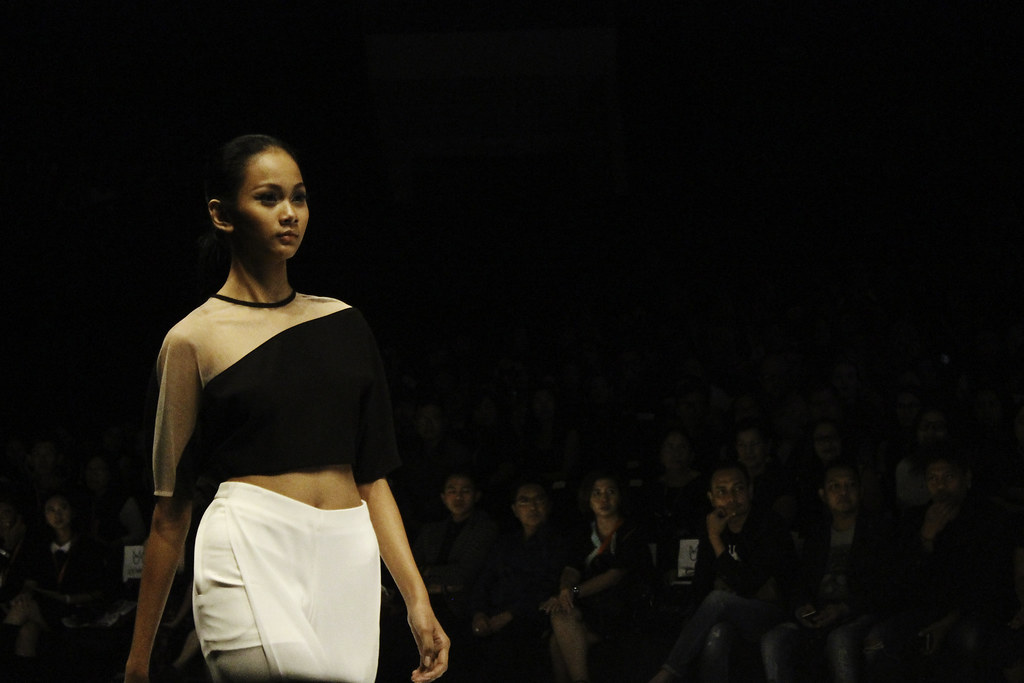 Indonesia Fashion Week 2016 - Makeover presents eyevolution3