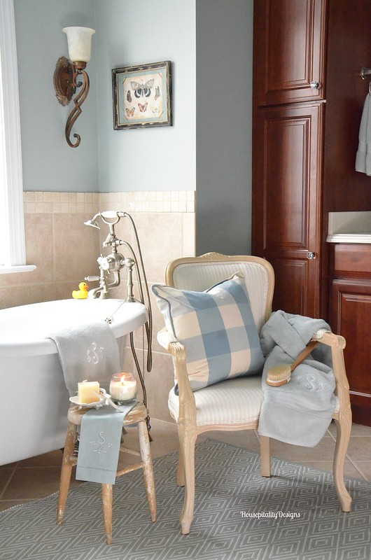 Master Bathroom - Housepitality Designs