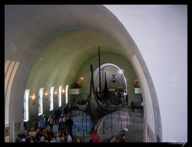 Fiordos noruegos Oslo parque Vigeland Bygdoy Holmenkollen - Barco vikingo