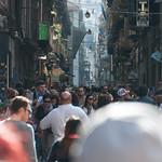 Mucha gente por la calle