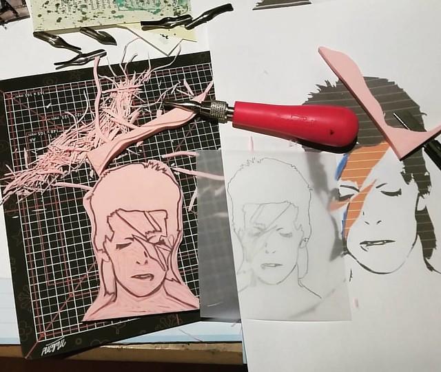 Processing grief #ripdavidbowie #ziggystardust #handcarvedstamps #handcarvedstamp #davidbowie #stampcarving #rubberstamps #mailartists #rubberstampart #tribute
