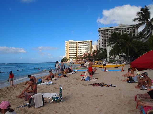 PB290520 waikiki ワイキキビーチ ハワイ hawaii デューク・カハナモク像 ひめごと ヒメゴト