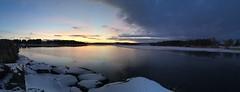 Partly frozen Hålandsvatnet