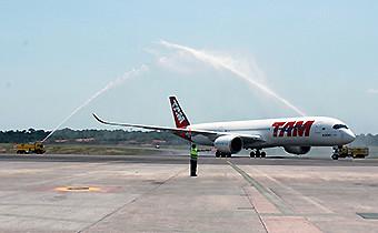 TAM vuelo inaugural con A350-900 (LATAM Airlines)