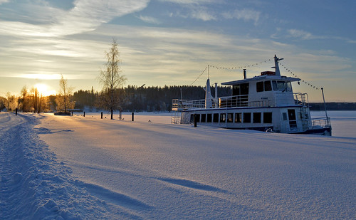 winter light sky sunlight snow cold suomi finland landscape evening frost ship maisema lunta järvi nikond3200 laiva vesijärvi pakkanen d3200 talvimaisema
