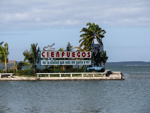 """""""Cienfuegos est la ville que j'aime le plus"""" (extrait d'une chanson de Benny Moré)"""