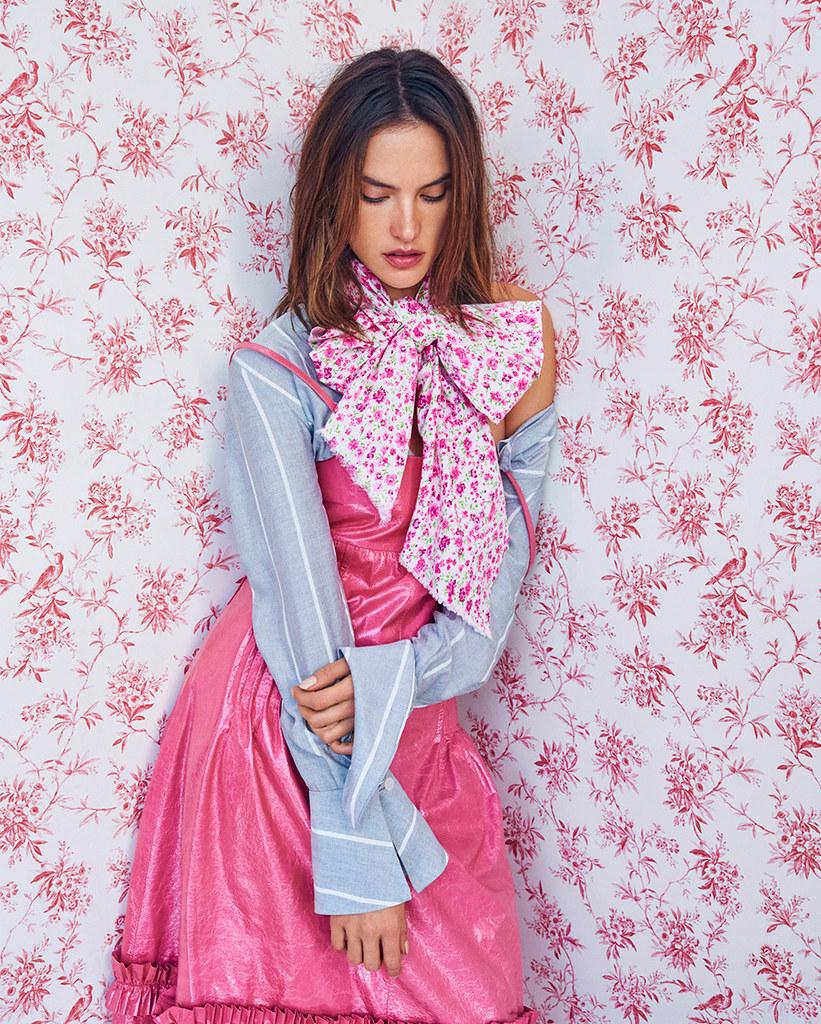 Алессандра Амбросио — Фотосессия для «Vogue» BR 2016 – 5