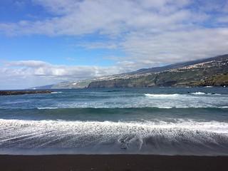 Bild av Playa Martiánez. seaside holidays tenerife puertodelacruz hfholidays hf walkingholidays