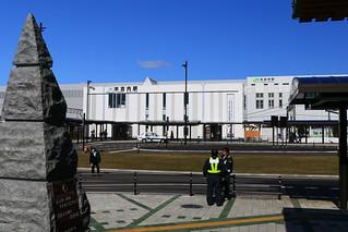 木古内駅前、道南いさりび鉄道側
