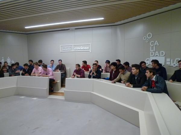Visita a la Escuela de Comercio Covirán50143