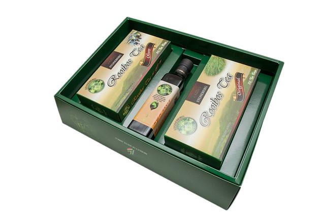 【橄欖油禮盒】石頭堡養身禮盒~初榨橄欖油、國寶茶、國寶橄欖茶