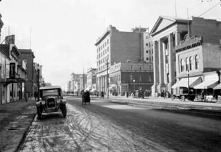 Jasper Avenue, Edmonton, Alberta / Avenue Jasper, Edmonton (Alberta)