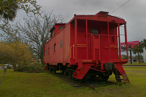 red florida caboose sal acl palatka scl csx railroadmuseum seaboardcoastline countyseat coupla amtrakstation seaboard us17 putnamcounty redcaboose csxrailroad amtrakdepot built1963 atlanticcoastline rrdepot seaboardairline usroute17 paneltrack steelcaboose classm5 palatkamuseum davidbrowningrailroadmuseum formeratlanticcoastlinedepot 220northeleventhstreet 220n11thstreet 220n11thst cabooseondisplay aclnumber0623 exscl0623
