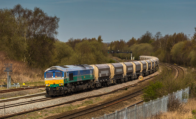 Looking very pretty, GBRf Individually liveried Class 66/7 No. 66711 at Clay Cross on 21st April 2016, en route from Tinsley to Bardon Hill.