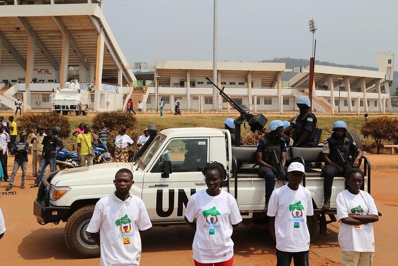 Intervention militaire en Centrafrique - Opération Sangaris - Page 21 24094498109_23c3b6ee10_c